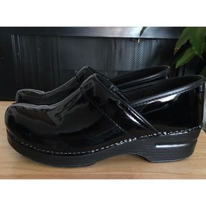 Dansko Black Patent Leather Clogs Nurse Shoes